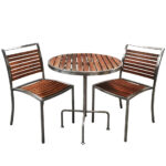 outdoor table with 2 chairs to rent